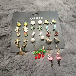 Torrid 15 set of New earrings includes pineapple